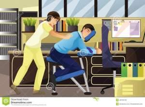 d-masajes-al-terapeuta-que-trabaja-en-un-cliente-en-una-oficina-49709130